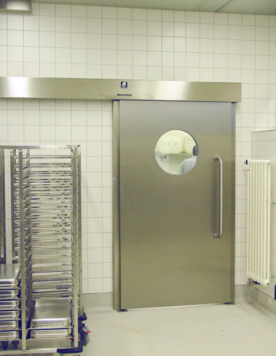 Service room sliding door EBS 40/50 for food from Ehrenfels Isoliertüren, chiller room doors, freezer room doors, freezer room doors, service room doors, swing doors