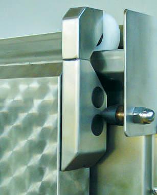 Chiller room sliding door type LKS 10.080 from Ehrenfels Isoliertüren, chiller room doors, freezer room doors, freezer room doors, service room doors, swing doors