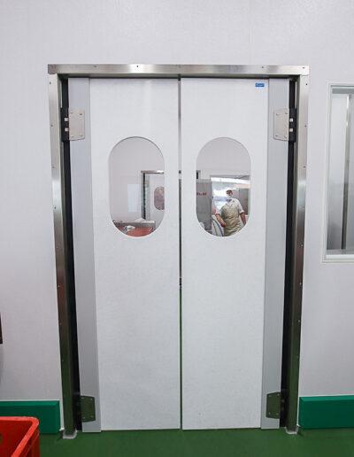 Betriebsraum Pendeltür Typ EPK/EPI von Ehrenfels Isoliertüren, Kühlraumtüren, Gefrierraumtüren, Tiefkühlraumtüren, Betriebsraumtüren, Pendeltüren